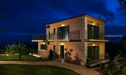 Ideal-family-vacations-villa